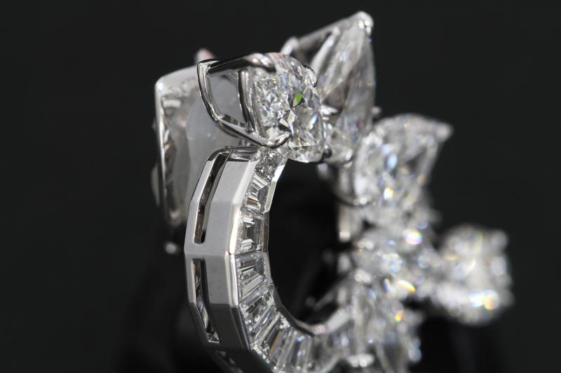 ハリーウィンストンダイヤモンドイヤリング5