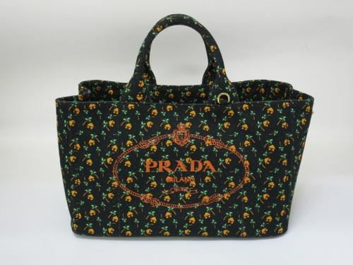 プラダパルマカナパバッグ