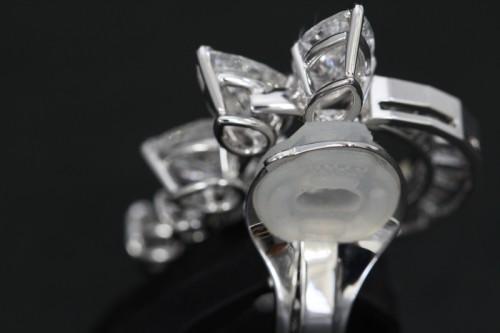ハリーウィンストンダイヤモンドイヤリング12